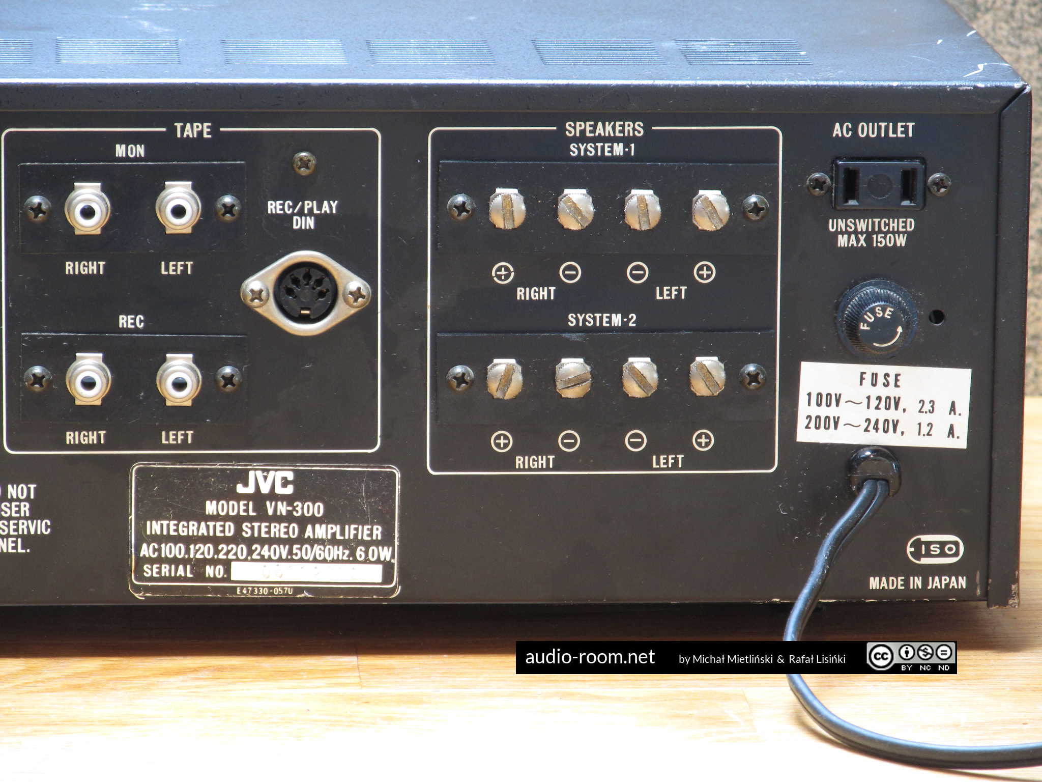 The AudioRoom beauty parlour: JVC VN-300 amplifier restoration |