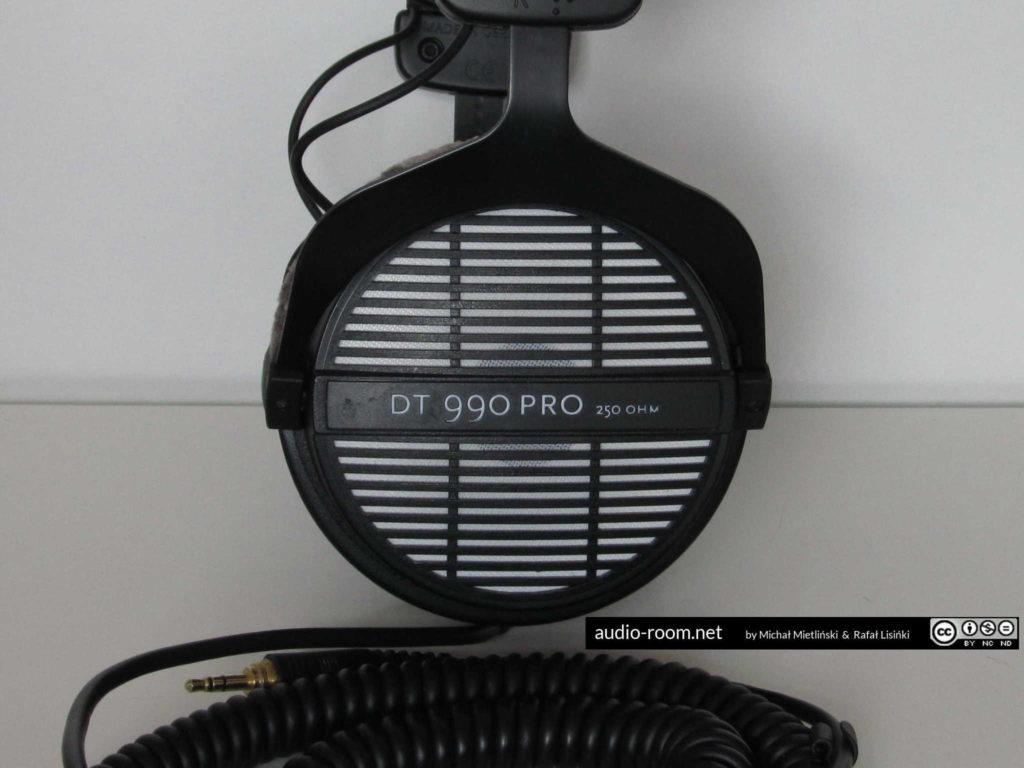 Beyerdynamic DT990 PRO cup