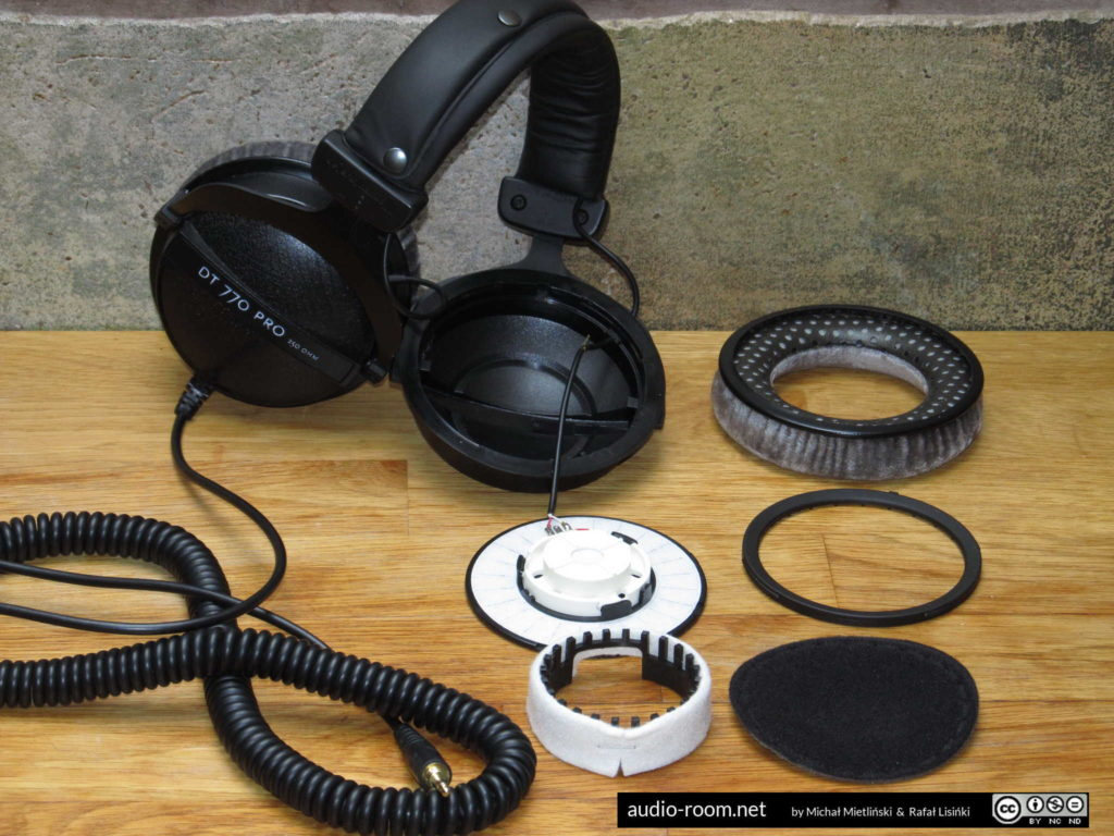 Beyerdynamic DT 770 PRO disassembled