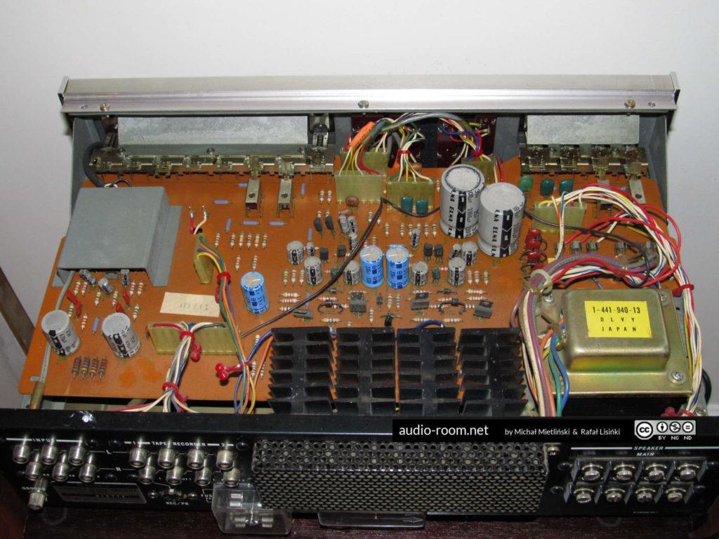 SONY TA-1055 - wnętrze